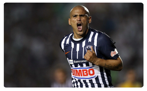 Suazo et Monterrey coulent Los Angeles